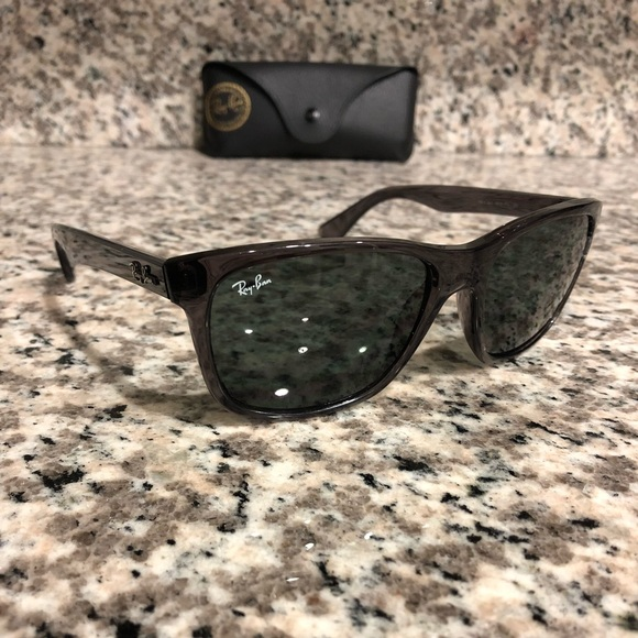 92dfea84fb0 Ray Ban RB4181 Highstreet Sunglasses